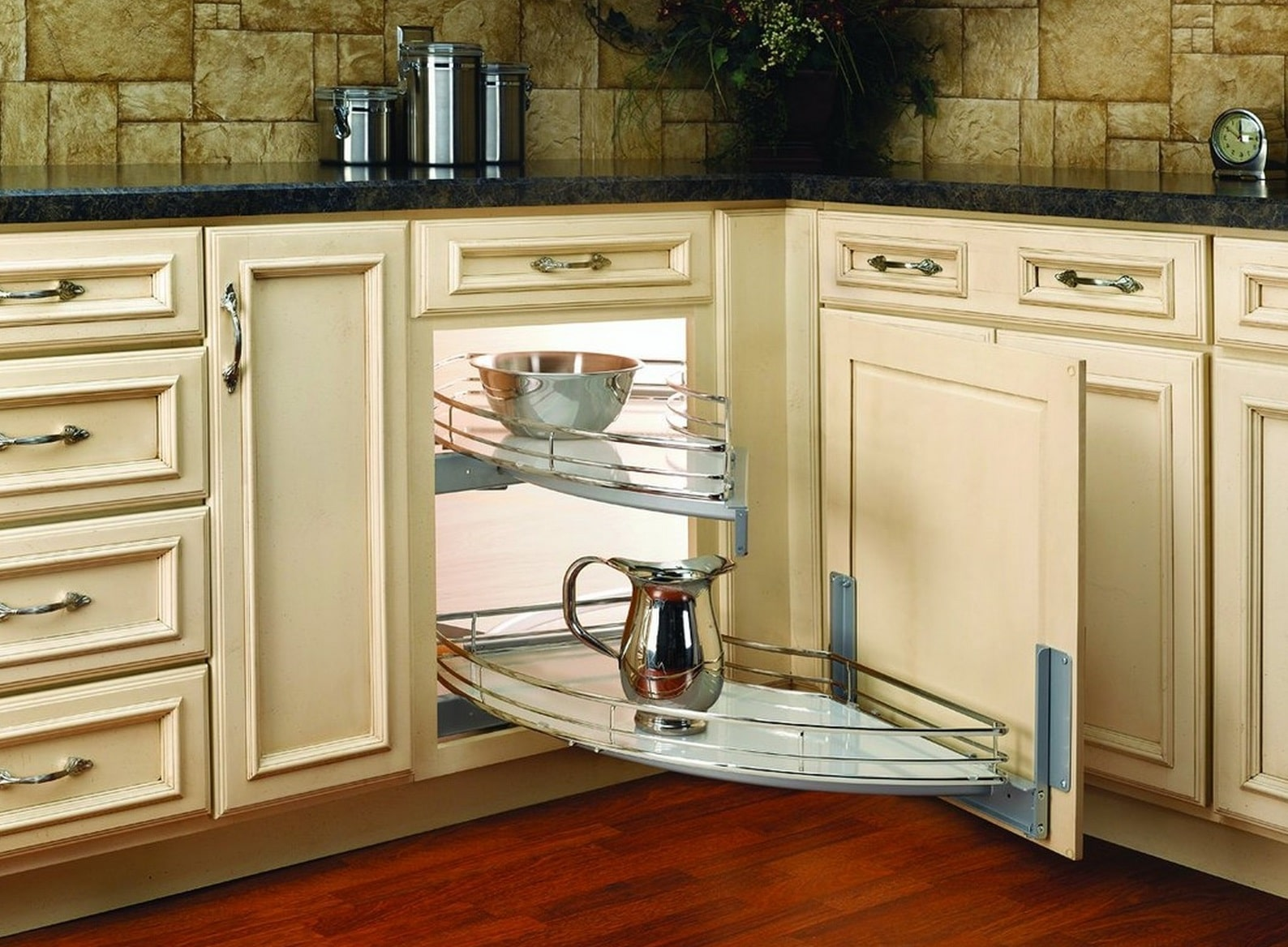 11 Clever Corner Kitchen Cabinet Ideas